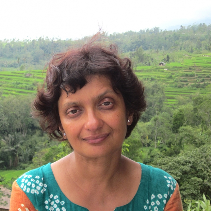 sujata bhatt the stare Sujata bhatt – search for my tongue starter write a few lines about a time when you were abroad and found the different language you had to use confusing.
